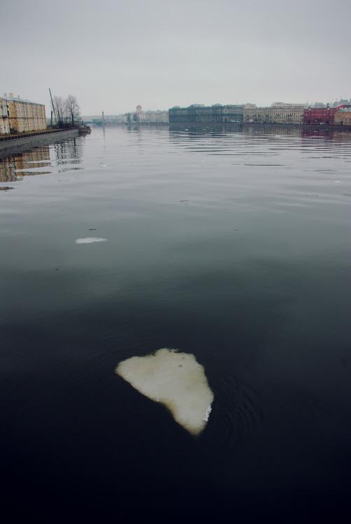 Лед на Неве